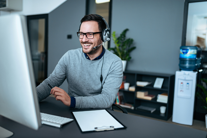 Customer support centric payroll solution
